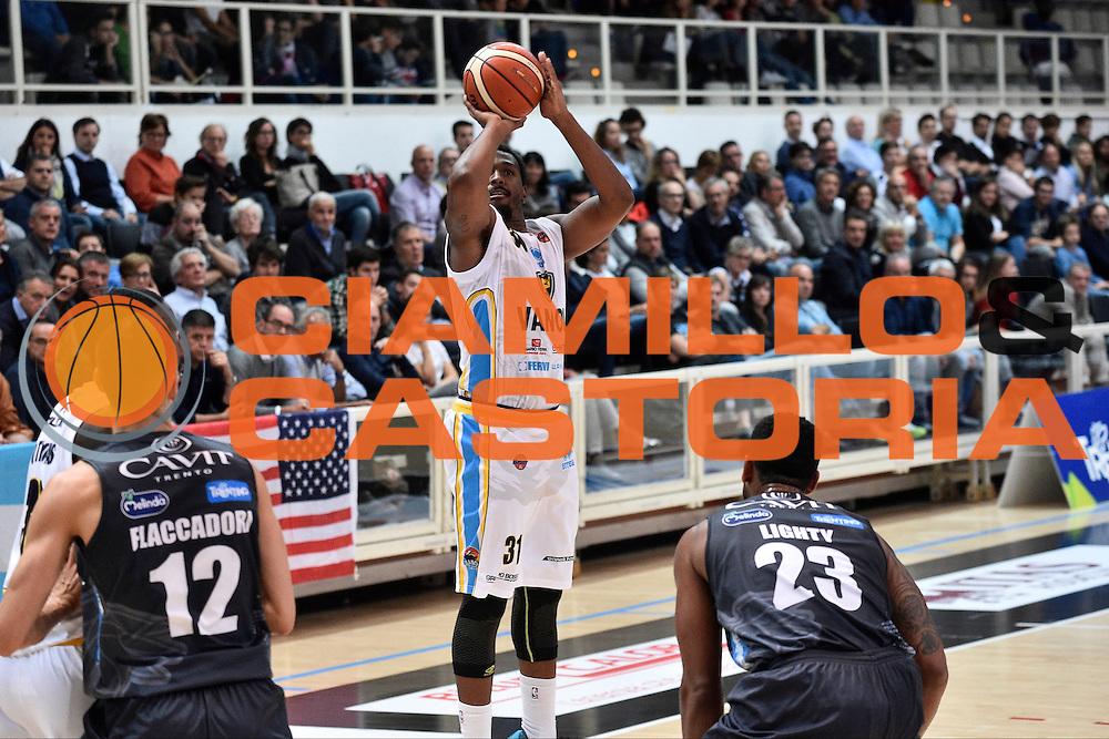 Turner Elston<br /> Dolomiti Energia Trento - Vanoli Cremona<br /> Lega Basket Serie A 2016/2017<br /> Trento 09/10/2016<br /> Foto Ciamillo-Castoria