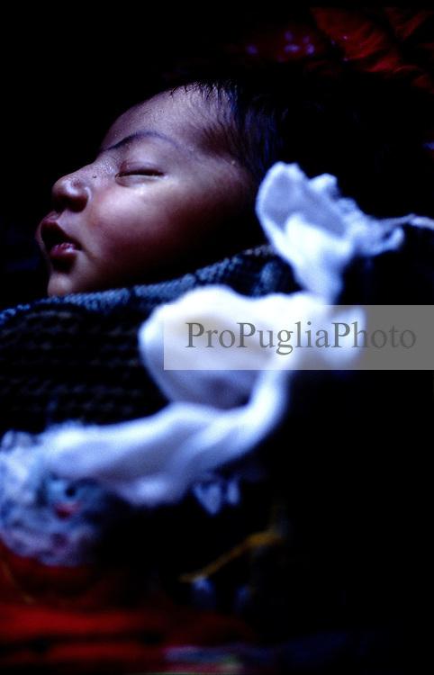 FAIZABAD PROVINCIAL HOSPITAL, 27 JULY 2005..A newborn baby at Faizabad-hospital's maternity ward