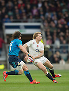 Twickenham Great Britain.   Billy TWELVETREES,  passing out to a team mate during the 2015 RBS Six Nations Rugby; England vs Italy. RFU Twickenham Stadium. England. Saturday  14/02/2015  [Mandatory Credit; Peter Spurrier/Intersport-images]