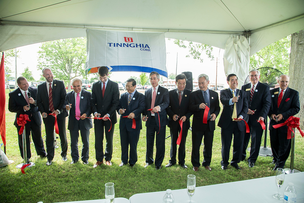 Opening Ceremony and Ribbon Cutting for the Tinnghia Corporation US Trade Office with Made In USA Works in Bentonville, Arkansas on June 30, 2015.<br /> <br /> &copy; Wesley Hitt 2015