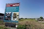 Nederland, Lent, 8-6-2012Bouwkavel te koop bij Nijmegen. Inschrijving en verkoop via de gemeente. Nieuwbouw, grondprijs, grondspeculatie,  bouwgrond, woningbouw particulierenFoto: Flip Franssen/Hollandse Hoogte