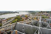 Nederland, Nijmegen, 20-10-2011Panorama van de stad aan de waal en waalbrug. Op de achtergrond de Ooijpolder, op de voorgrond het dak van de St. Stevenskerk.Foto: Flip Franssen/Hollandse Hoogte