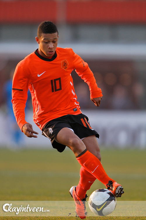 ROTTERDAM - Nederland - Portugal, EK Kwalificatie onder 17, 29-03-2011, Sportcomplex Varkenoord,  Memphis Depay
