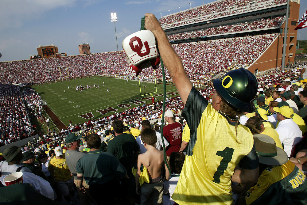 Oregon Ducks football team in Oklahoma for game against against the Sooners...Photos © Todd Bigelow/Aurora
