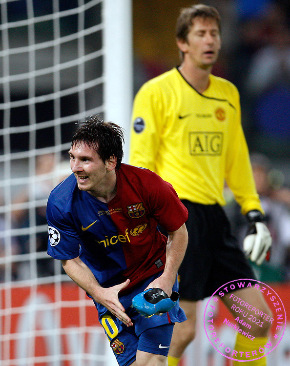 ROME 27/05/2009.Uefa Champions League - Final.Manchester United v Fc Barcelona.Lionel Messi celebrates his goal for Barcelona at the background Edvin van der Sar ..Fot. Piotr Hawalej / WROFOTO