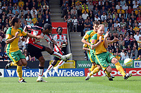 Photo: Ashley Pickering.<br /> Norwich City v Southampton. Coca Cola Championship. 18/08/2007.<br /> Jhon Viafara of Southampton (second L) goes close with this effort in the first half