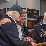 NLD/Amsterdam/20190912 - Expositie opening hoezencollectie Govert de Roos, Govert de Roos en Rens Benerink