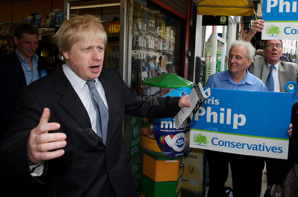 London Mayor, Boris Johnson and Shadow Immigration Minister, Damian Green, campaign and hold a public meeting on civil liberties and ID cards in West Hampstead, London, on April 30 2010.