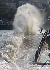 AUG 22 2013 Huge waves hit the beach in Qingdao City