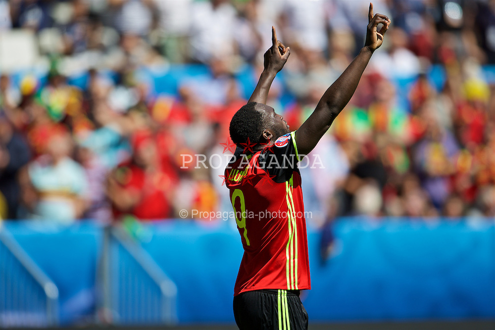 BORDEAUX, FRANCE- Saturday, June 18, 2016: Belgium's Romelu Lukaku celebrates scoring his second goal to make the score 3-0 during the UEFA Euro 2016 Championship Group E match against the Republic of Ireland at Stade de Bordeaux. (Pic by Paul Greenwood/Propaganda)