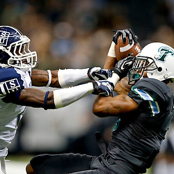 Aug 29, 2013; New Orleans, LA, USA; Tulane Green Wave wide receiver Ryan Grant catches a 49 yard pass over Jackson State Tigers cornerback Joe Perry (6) during the first quarter of a game at the Mercedes-Benz Superdome. Mandatory Credit: Derick E. Hingle-USA TODAY Sports