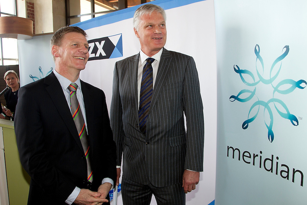 Minister of Finance Bill English, left, with the CEO of the NZX Mark Binns watch the share price of the Meridian Energy during the visit to the NZX for Meridian Energy float in Wellington, New Zealand, Tuesday, October 29, 2013. Credit:SNPA / Marty Melville