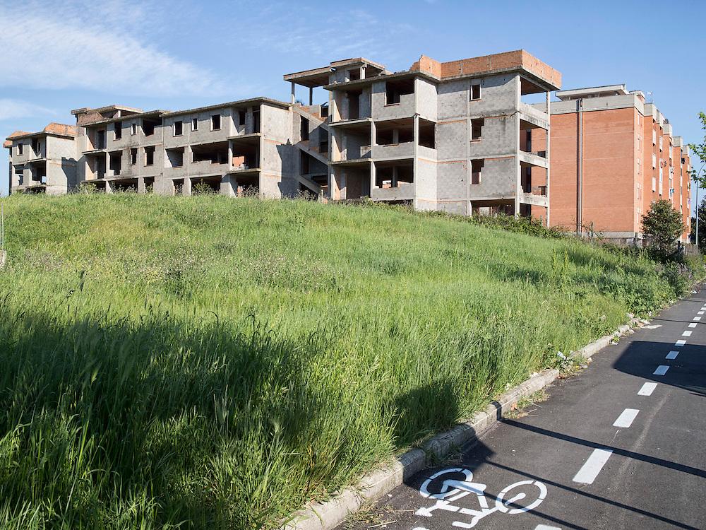 Palazzo non terminato<br /> <br /> unfinished buildings in the city center