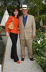 SIR TERENCE CONRAN and DARCEY BUSSELL at the 2005 RHS Chelsea Flower Show on 23rd May 2005<br />
