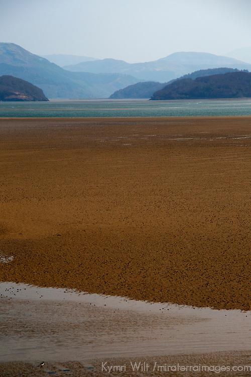 Europe, Great Britain, Wales, Gwynedd. Barmouth Estuary on the River Mawddach.