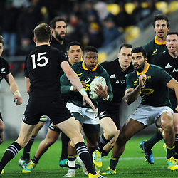 Aphiwe Dyantyi in action during the Rugby Championship match between the New Zealand All Blacks and South Africa Springboks at Westpac Stadium in Wellington, New Zealand on Saturday, 15 September 2018. Photo: Mike Moran / lintottphoto.co.nz