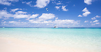 Beautiful white sand and clear water on a sunny day at Michaelmas Cay, Great Barrier Reef, Australia