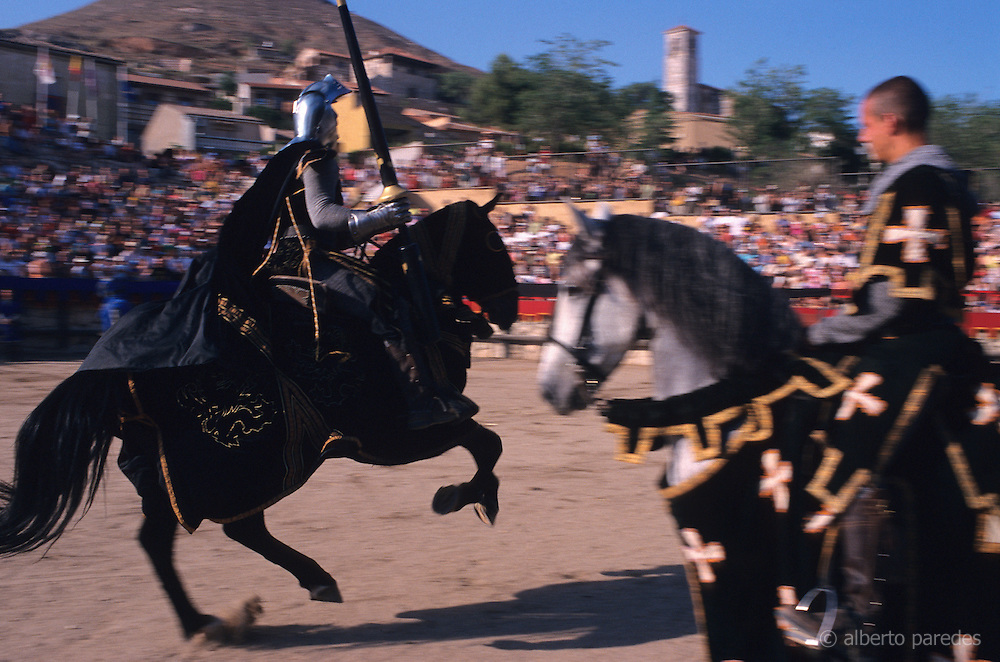 SPAIN / Castile-La Mancha / Guadalajara province / Hita. Medieval recreations in Spain. Knights in a tournament. Every July this village celebrates a medieval Festival that represents different episodes of the book Libro del Buen Amor (Book of the Good Love) written in 14th Century by Juan Ruiz, Arcipreste of Hita. ....