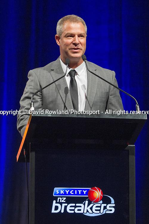 Breakers' Head Coach Dean Vickerman speaks at the Skycity Breakers Awards, 2013-14, Skycity Convention Centre, Auckland, New Zealand, Friday, March 28, 2014. Photo: David Rowland/Photosport