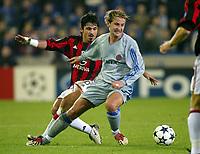 Fotball, 4. november 2003, Champions League,, Club Brugge ( Brügge )-Milan 0-1,  Nastja Ceh, Brugge, mot Ivan Gennaro Gattuso, Milan