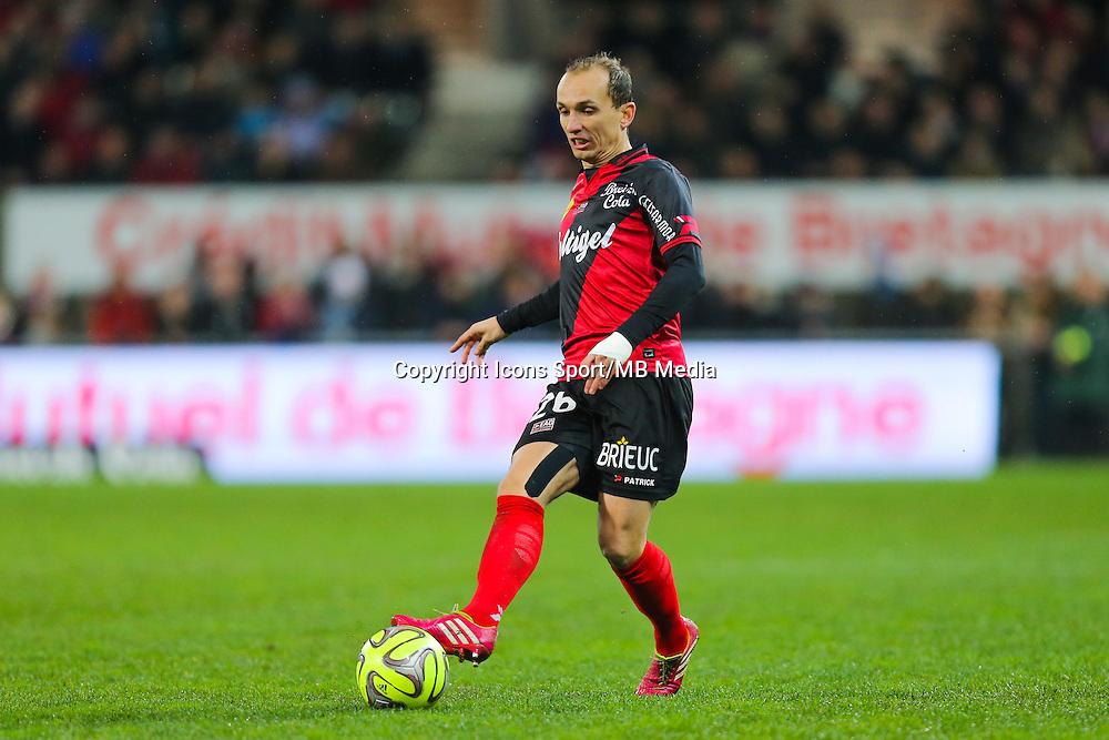 Thibault GIRESSE  - 03.12.2014 - Guingamp / Caen - 16eme journee de Ligue 1 <br /> Photo : Vincent Michel / Icon Sport