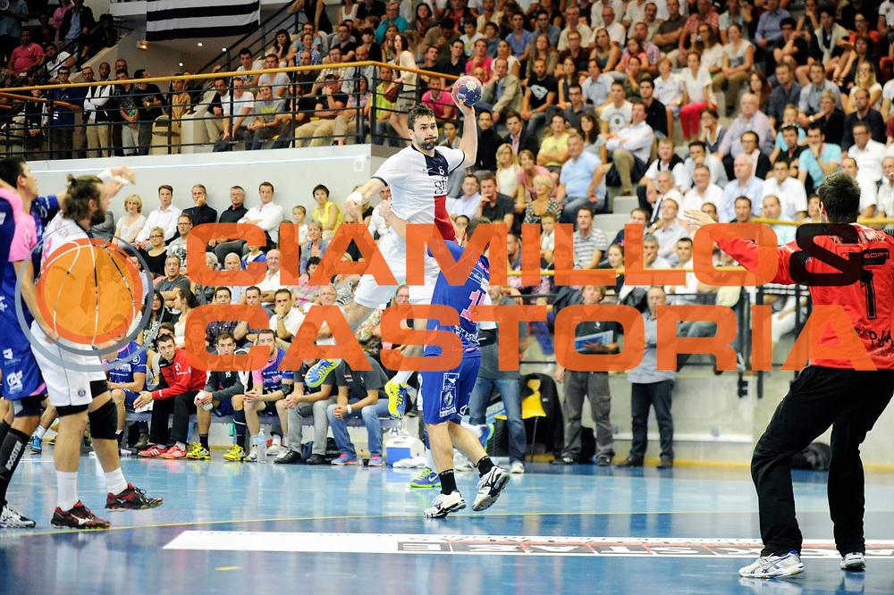 DESCRIZIONE : Handball Homme D1 Championnat de France<br /> GIOCATORE : Garcia Antonio<br /> SQUADRA : Paris<br /> EVENTO : D1<br /> GARA : Cesson Paris<br /> DATA : 25 09 2013<br /> CATEGORIA : Handball Homme<br /> SPORT : Handball<br /> AUTORE : JF Molliere <br /> GALLERIA : France Hand 2013-2014 Action<br /> FOTONOZIA : Hand <br /> Predefinita :