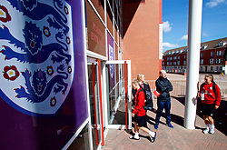 SOUTHAMPTON, ENGLAND - Thursday, April 5, 2018: Wales players arrive before a training session at St. Mary's Stadium ahead of the FIFA Women's World Cup 2019 Qualifying Round Group 1 match against England. (Pic by David Rawcliffe/Propaganda)