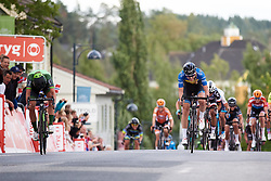 Marianne Vos (NED) edges out Emilia Fahlin (SWE) to the line at Ladies Tour of Norway 2018 Stage 1, a 127.7 km road race from Rakkestad to Mysen, Norway on August 17, 2018. Photo by Sean Robinson/velofocus.com