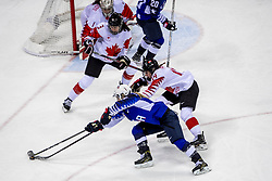 22-02-2018 KOR: Olympic Games day 13, PyeongChang<br /> Final Ice Hockey Canada - USA 2-3 / Renata Fast #14 of Canada, Monique Lamoureux-Morando #7 of the United States