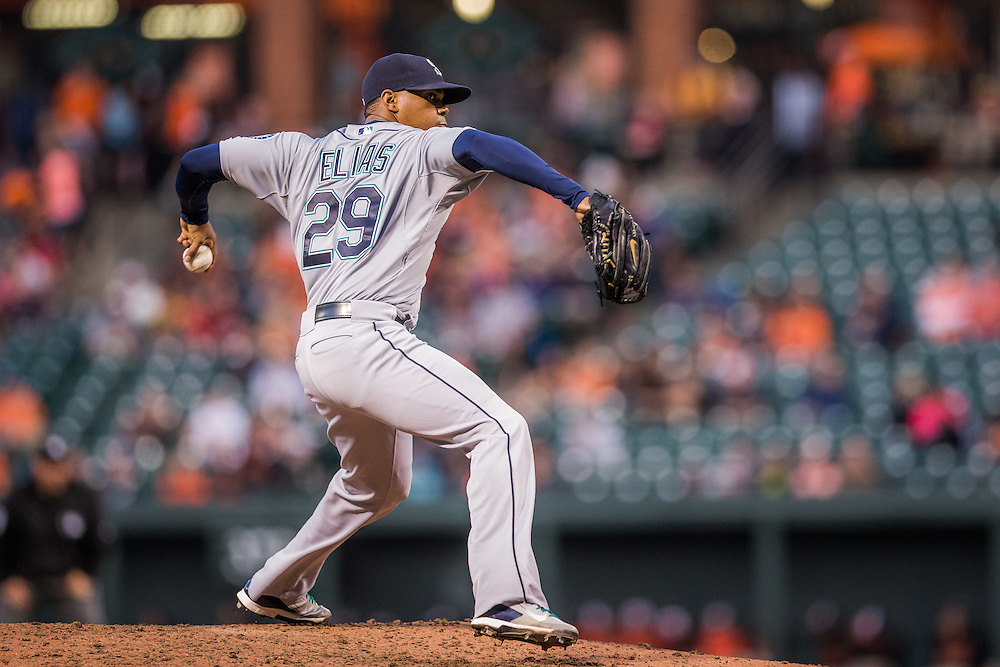 BALTIMORE, MD - MAY 20:  Roenis Elias #29 of the Seattle Mariners pitches during the game against the Baltimore Orioles at Oriole Park at Camden Yards on May 20, 2015 in Baltimore, Maryland. (Photo by Rob Tringali) *** Local Caption *** Roenis Elias
