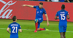 PARIS, FRANCE - Sunday, July 3, 2016: France's Olivier Giroud celebrates scoring the fifth goal against Iceland, his second of the match, during the UEFA Euro 2016 Championship Semi-Final match at the Stade de France. (Pic by Paul Greenwood/Propaganda)