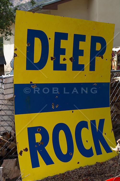 retro sign found in New Mexico