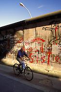 DEU, Germany, Berlin, the wall in the district Kreuzberg.....DEU, Deutschland, Berlin, die Mauer in Kreuzberg...1988