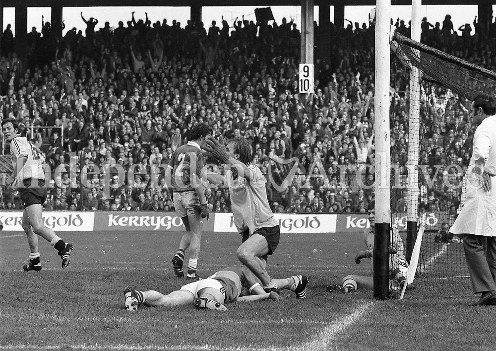 Brian Mullins scores a Dublin goal in the 1976 Dublin v Kerry All-Ireland football final at Croke Park. <br />