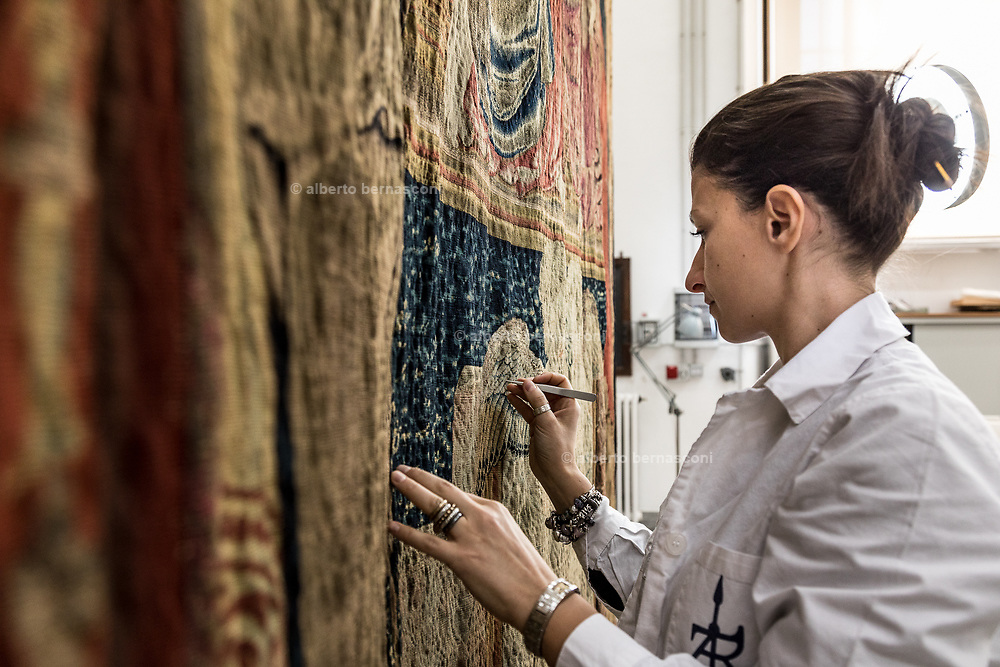 Rome, Vatican Museums, the tapestry workshop, Laura pace Morino, Woven in a Brussels workshop in 1537, the 'Coronation of the Virgin' is one of 300 medieval tapestries in the Vatican collection and is about to go on show in Lisbon.