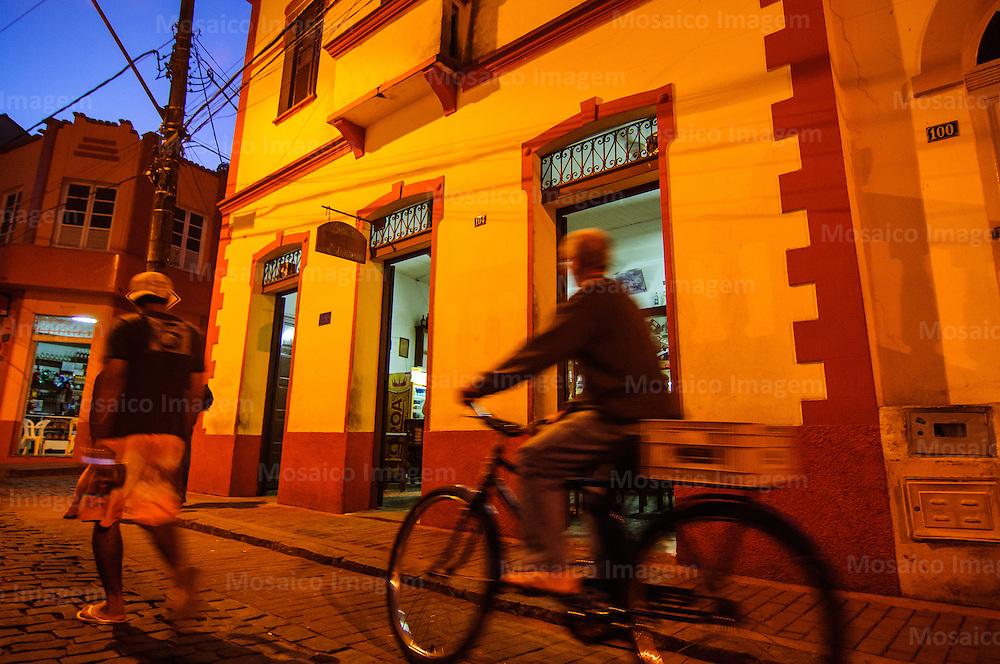 Santa Teresa - Espirito Santo - Vista Noturna do Centro Historico no Centro da Cidade de Santa Teresa - Foto: Gabriel Lordello/Mosaico Imagem