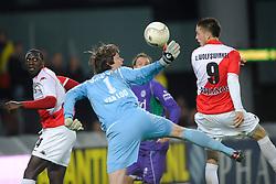 14-04-2010 VOETBAL: FC UTRECHT - FC GRONINGEN: UTRECHT<br /> Ricky van Wolfswinkel en Brian van Loo<br /> ©2010-WWW.FOTOHOOGENDOORN.NL