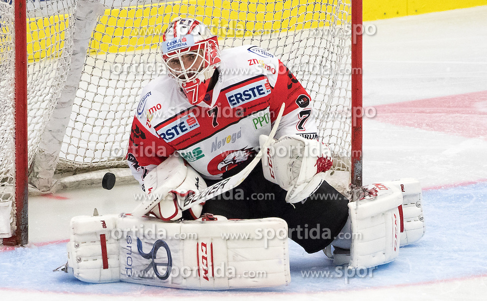 18.09.2016, Stadthalle, Villach, AUT, EBEL, EC VSV vs HC Orli Znojmo, 2. Runde, im Bild Patrik Nechvatal (Znojmo) // during the Erste Bank Icehockey League 2nd Round match between EC VSV vs HC Orli Znojmo at the Stadthalle in Villach, Austria on 2016/09/18. EXPA Pictures © 2016, PhotoCredit: EXPA/ Johann Groder