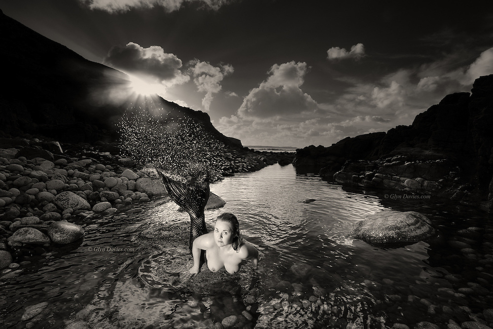 Nominee in Nude / B&W Spider Awards 2017<br />