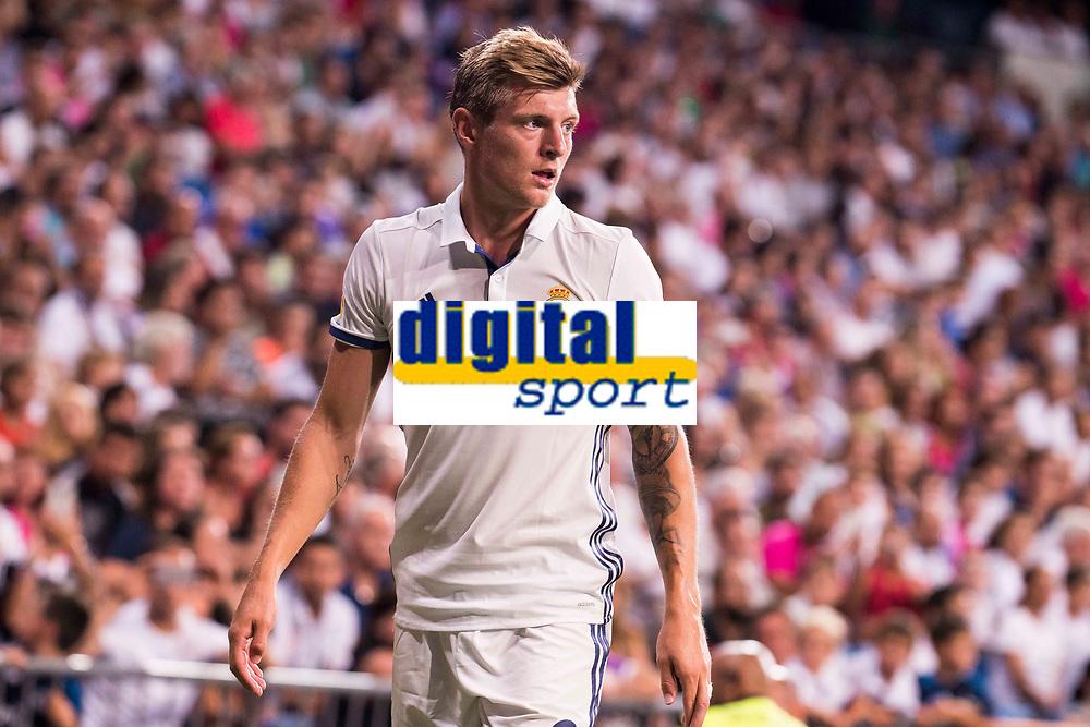 Real Madrid's player Toni Kroos during the XXXVII Santiago Bernabeu Trophy in Madrid. August 16, Spain. 2016. (ALTERPHOTOS/BorjaB.Hojas)