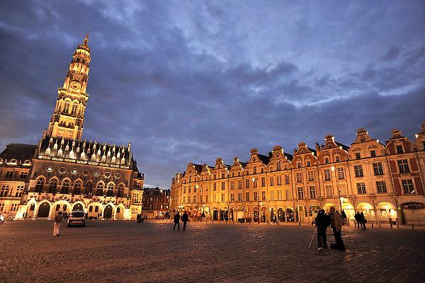 Frankrijk, Arras, 11-5-2013Het na de eerste wereldoorlog de grote oorlog, herbouwde historische centrum van deze stad in Noord Frankrijk.Foto: Flip Franssen/Hollandse Hoogte