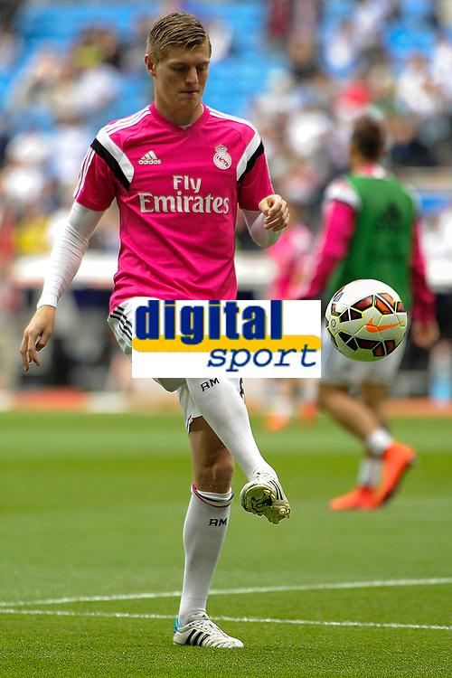 Real Madrid´s Toni Kroos during 2014-15 La Liga match between Real Madrid and Almeria at Santiago Bernabeu stadium in Madrid, Spain. April 29, 2015. (ALTERPHOTOS/Luis Fernandez)