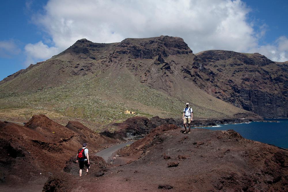 walkers, Punta de Teno in Teno Rural Park, North Tenerife.