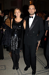 Fashion designer PHOEBE PHILO and MAX WIGRAM at the 2004 British Fashion Awards held at Thhe V&A museum, London on 2nd November 2004.<br /><br />NON EXCLUSIVE - WORLD RIGHTS