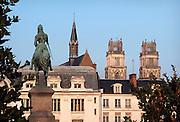 Frankrijk, Orleans, 1-9-2013Stadsbeeld van het centrum van de stad, stadscentrum. Kathedraal. Jeanne d arc. Jeanne darc.Foto: Flip Franssen/Hollandse Hoogte