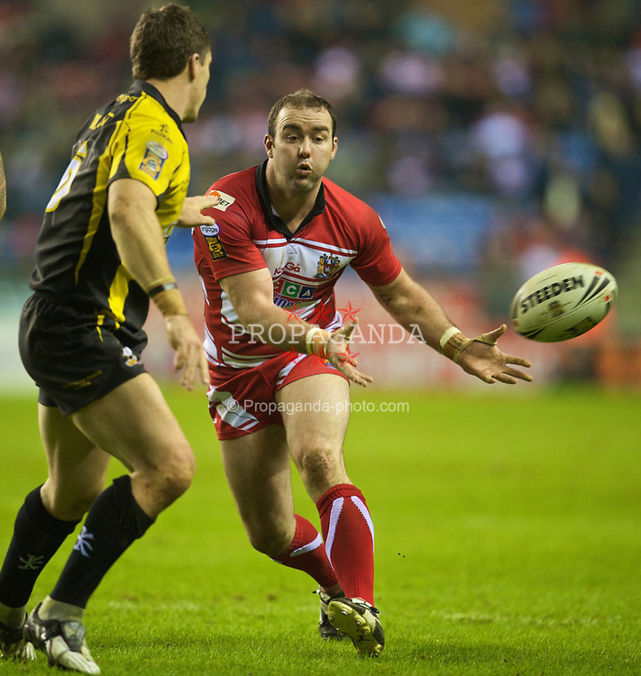 WIGAN, ENGLAND - Friday, February 5, 2010: Wigan Warriors' Mark Riddell in action against Crusaders RL during the Super League XV Round 1 match at the DW Stadium. (Pic by David Rawcliffe/Propaganda)