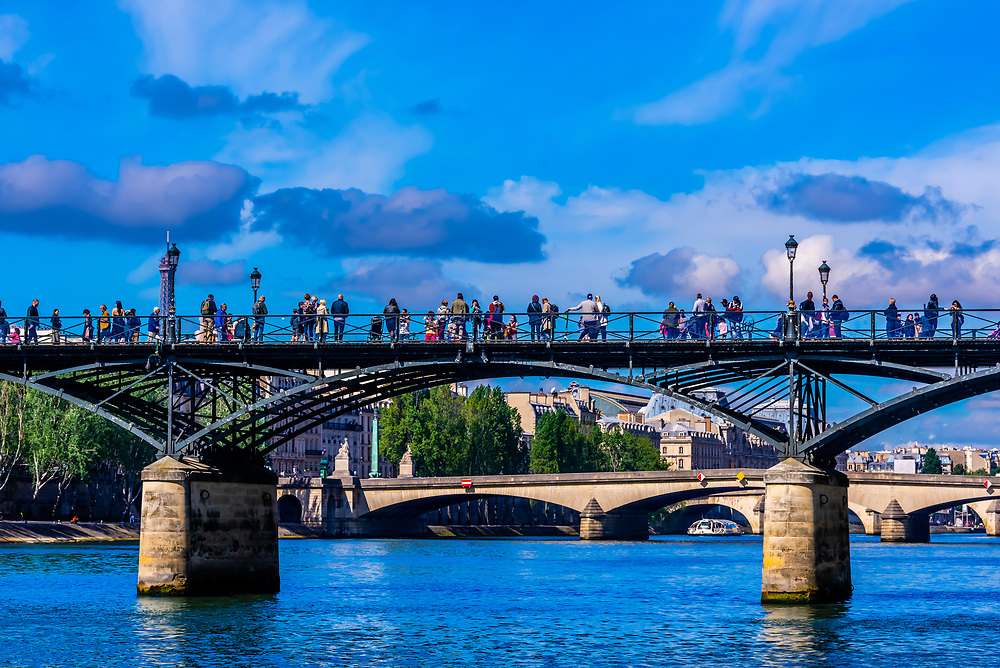 Pont des Arts (pedestrian bridge) over the River Seine, Paris, France.
