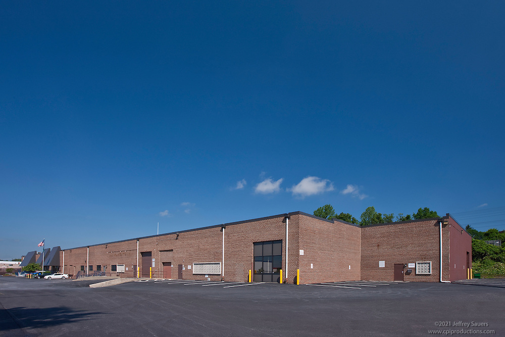 Exterior images of 4700-26 Hollins Ferry Rd. in Baltimore, MD for Merritt Properties