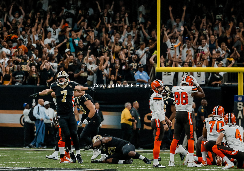 Sep 16, 2018; New Orleans, LA, USA; New Orleans Saints specialist Taysom Hill (7) reacts as Cleveland Browns place kicker Zane Gonzalez (2) misses a game tying field goal during the fourth quarter of a game at the Mercedes-Benz Superdome. The Saints defeated the Browns 21-18. Mandatory Credit: Derick E. Hingle-USA TODAY Sports