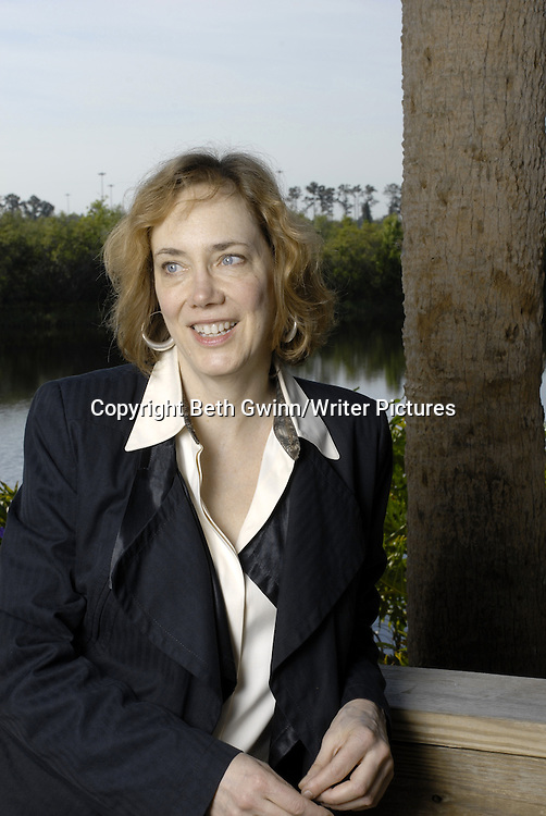 American writer Elizabeth Hand<br /> <br /> Copyright Beth Gwinn/Writer Pictures<br /> contact +44 (0)20 8224 1564<br /> sales@writerpictures.com<br /> www.writerpictures.com